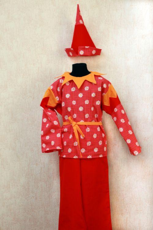 Рдам в прокат русский народный костюм для девочки.